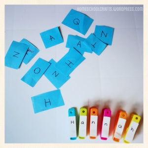 Teach_Children_Their_Names_HomeschoolCrafts