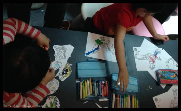 Dinosaurize Me: Colouring Dinosaurs
