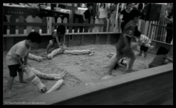 Dinosaurize Me: Digging Up Bones